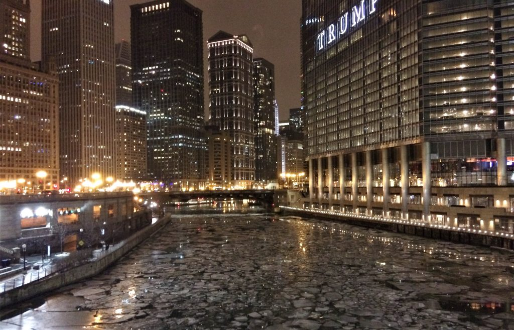 Ice floes in the Chicago River
